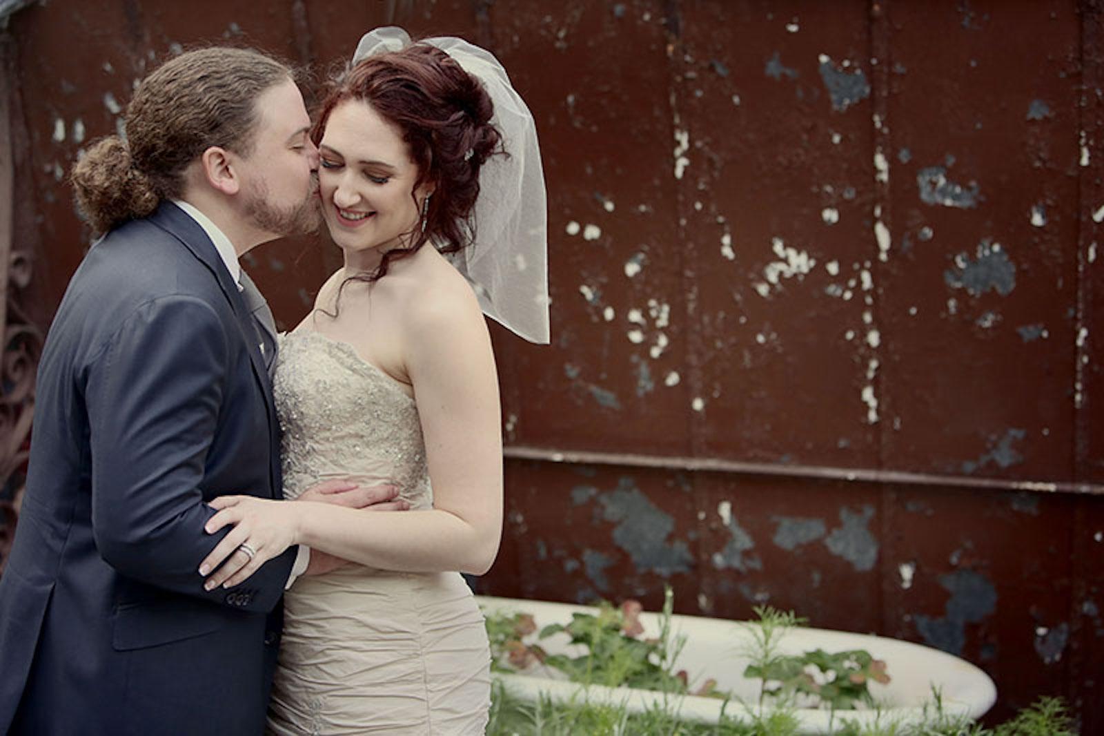Alternative Wedding Planner for independent, feminist, & LGBTQ+ people